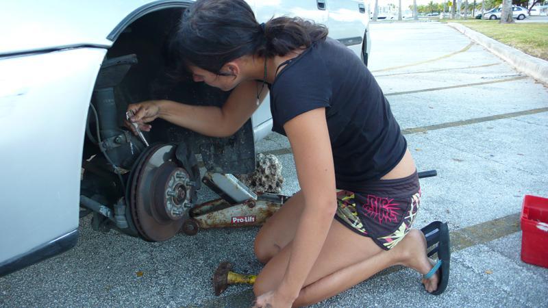 beim Bremsen reparieren